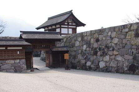 Jyoshi04