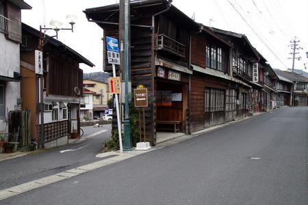 Taishomura04